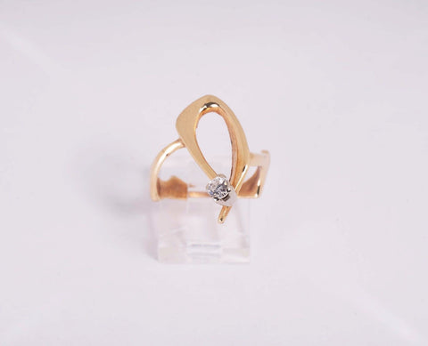 5.3 Gram 14K Yellow Gold .33 ct. Diamond Ring size 7