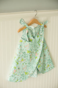 Reversible Kati in flowers & green