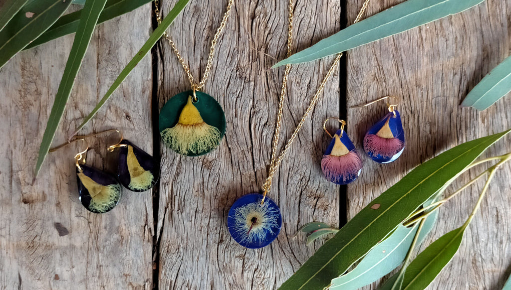 handmade jewellery, unique jewellery, pendants, Australian jewellery, connection to the land, botanical jewellery, outback Australia, native Australia, Aussie souvenir, Australiana, eucalyptus flower, resin jewellery, bush Christmas, buy from the b