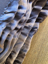 Load image into Gallery viewer, Charcoal Grey/Dark Taupe KING Pure Wool Blanket - Fresh Retro Love NZ Wool Blankets