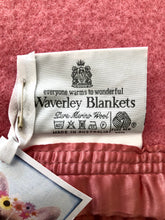 Load image into Gallery viewer, Beautiful Mauve Pink KING SINGLE Australian Wool Blanket - Fresh Retro Love NZ Wool Blankets