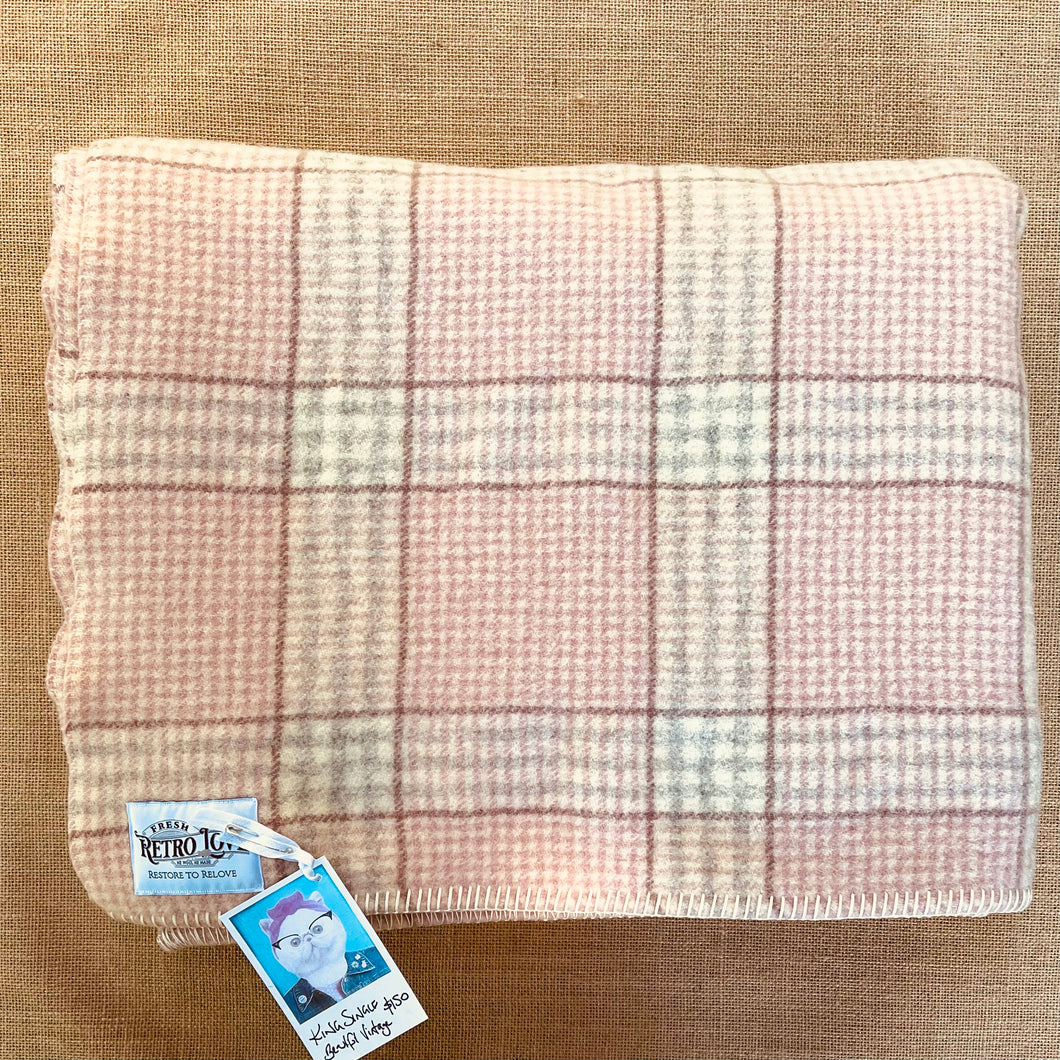 Stunning Vintage KING SINGLE Pure New Zealand Wool Blanket.