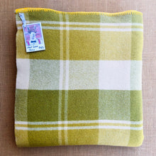 Load image into Gallery viewer, Golden Olives SINGLE/THROW Pure Wool Blanket. - Fresh Retro Love NZ Wool Blankets