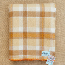 Load image into Gallery viewer, Thick & Super Fluffy SINGLE New Zealand Wool Blanket Creamy Browns