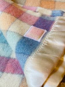 Pretty Check COT/KNEE Royal Wool NZ Wool Blanket