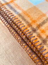 Load image into Gallery viewer, Slumbersoft 70's Retro SINGLE New Zealand Wool Blanket