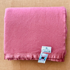 Beautiful Mauve Pink KING SINGLE Australian Wool Blanket - Fresh Retro Love NZ Wool Blankets