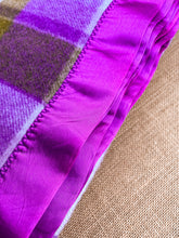 Load image into Gallery viewer, RARE Purple & Olive Super Thick SINGLE New Zealand Wool Blanket