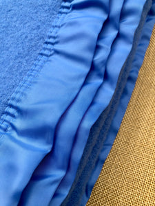 Beautiful Blue Thick and Soft KING SINGLE New Zealand Wool Blanket - Fresh Retro Love NZ Wool Blankets