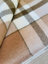 Load image into Gallery viewer, Thick Brown New Zealand Wool SINGLE Blanket, Dromorne