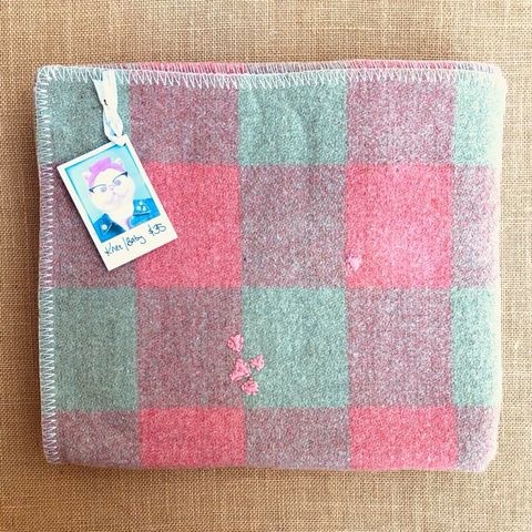 Pretty KNEE/BABY Blanket in Mint and Rouge check
