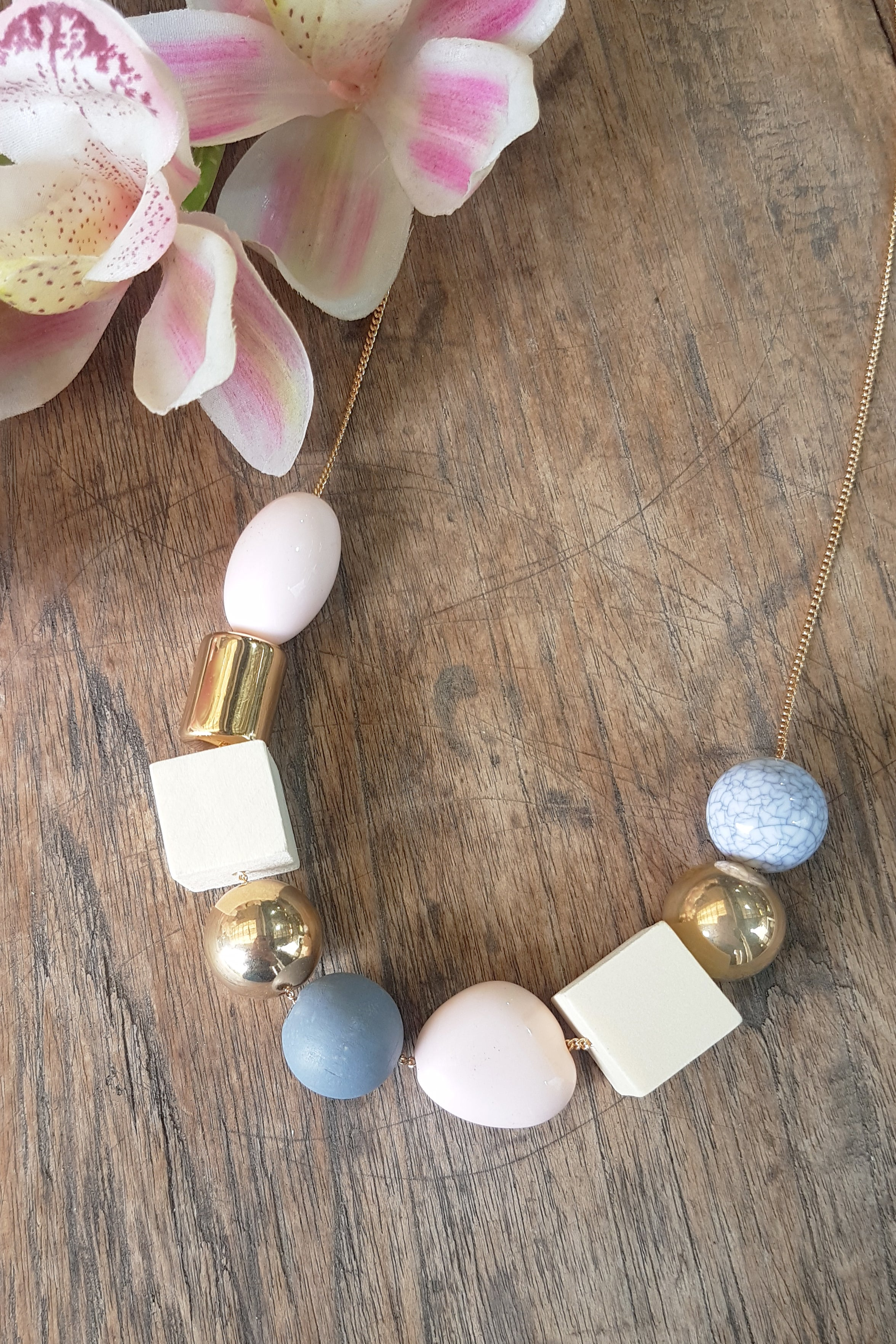 Petra - Pastel Necklace