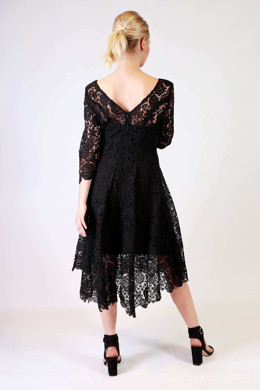 Summer Stunner Lace Dress | Black and White Lace Dress | Autumn Winter 19 Annah Stretton Fashion NZ