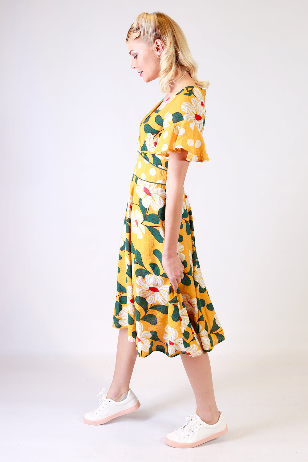 Tillys Corner Dress | Mid Length Dresses NZ | Designer Fashion NZ | Floral Dresses NZ