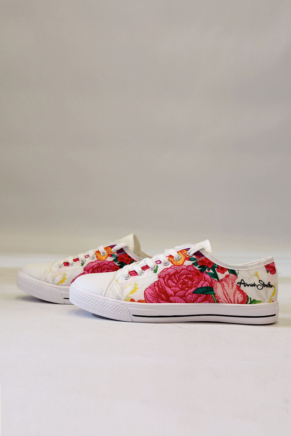Iris Canvas Shoe