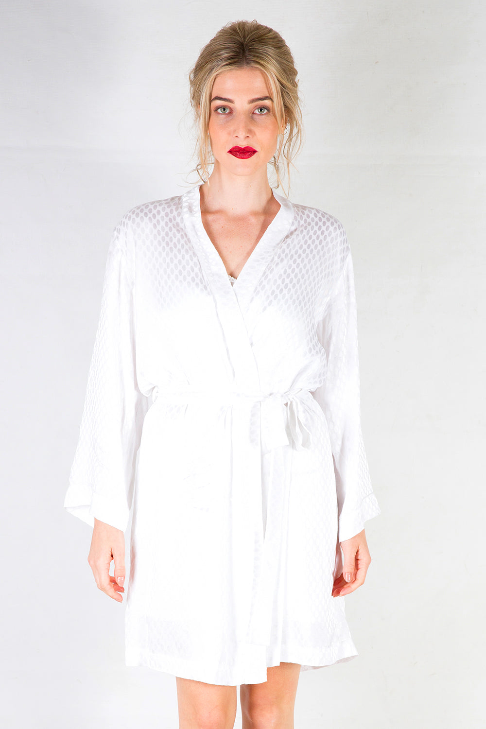 White Robe | Undergarments | Kimono sleeve | Kimono | Bridal Robe | New Zealand Fashion | Annah Stretton