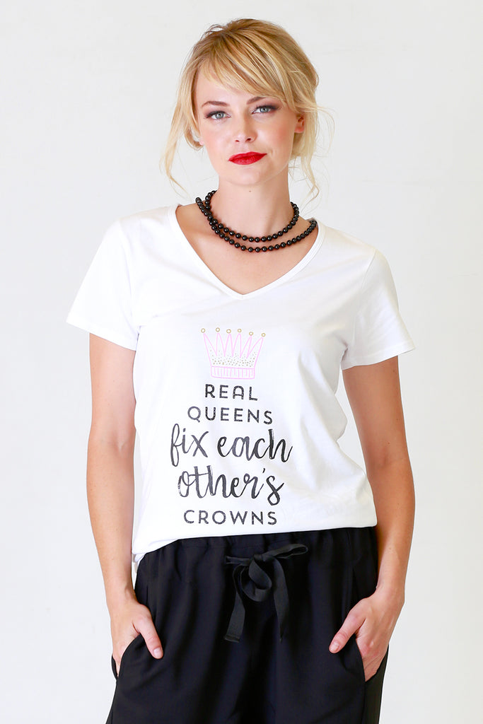 Real Queens T Shirt | Slogan T-Shirt | Autumn Winter 19 Annah Stretton Fashion NZ
