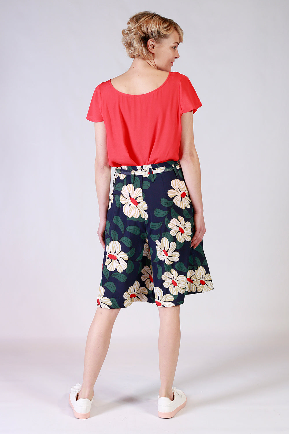 Miss Directed Pants | Annah Stretton NZ | Womens Fashion NZ | Floral Pants NZ | Wide Leg Pants