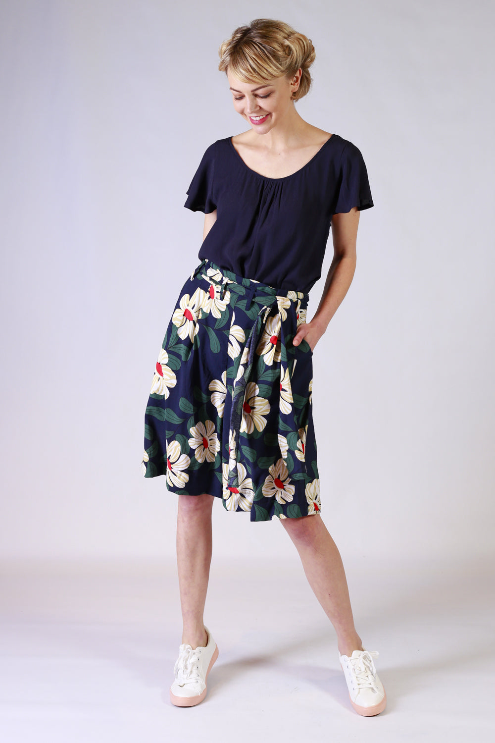Miss Directed Pants | Annah Stretton NZ | Womens Fashion NZ | Floral Pants NZ | Wide Leg Pants / designer fashion NZ