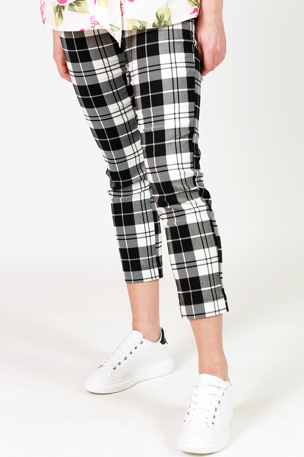 vita vogue pant black and white check