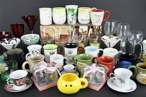 Cups, glasses and mugs