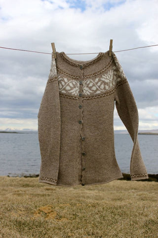 "Móakot - ""Kristín"" Wool Sweater Pattern - ISLANDICA.com"
