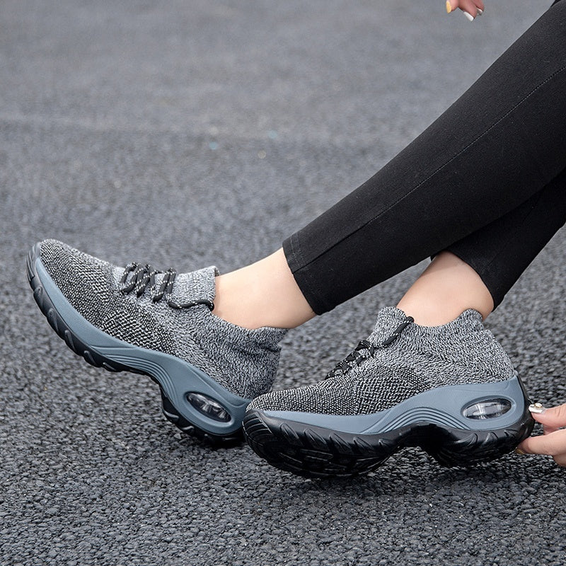 Women's Fashion Casual Shoes Breathable Mesh Sneakers Lightweight Flying Weaving Sport Shoes Dance Shoes