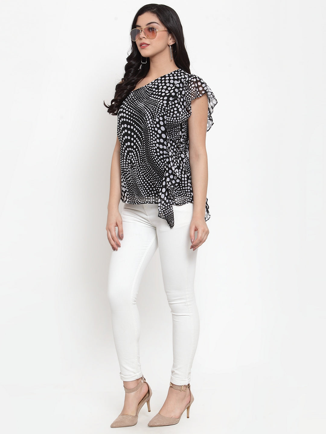 Aujjessa Black White One Off Shoulder Top