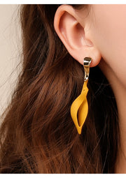 Modern Twist Earrings - Prime Adore