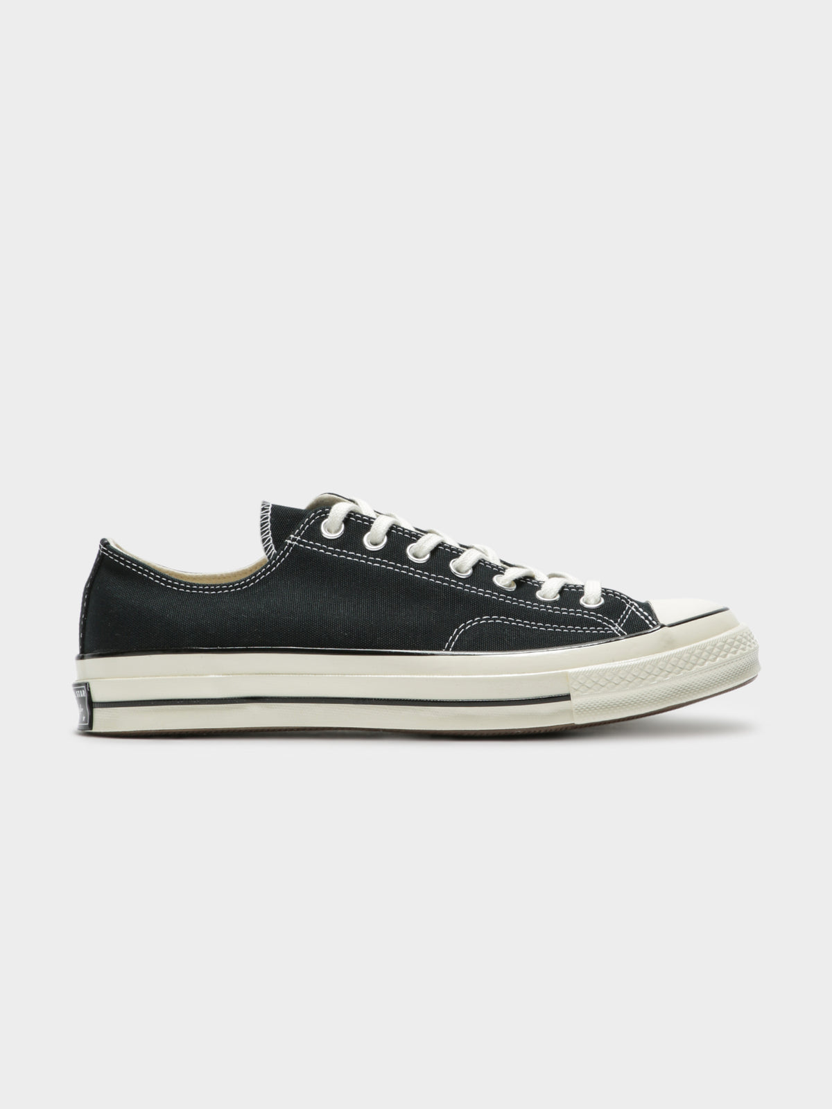 Unisex Chuck Taylor All Star 70 Low Top Sneakers in Black