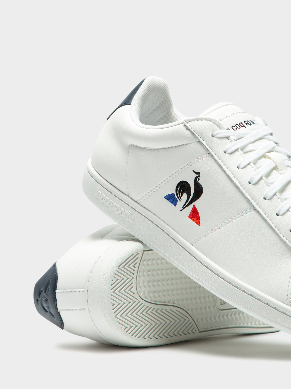 Mens Courtset Sneakers in White