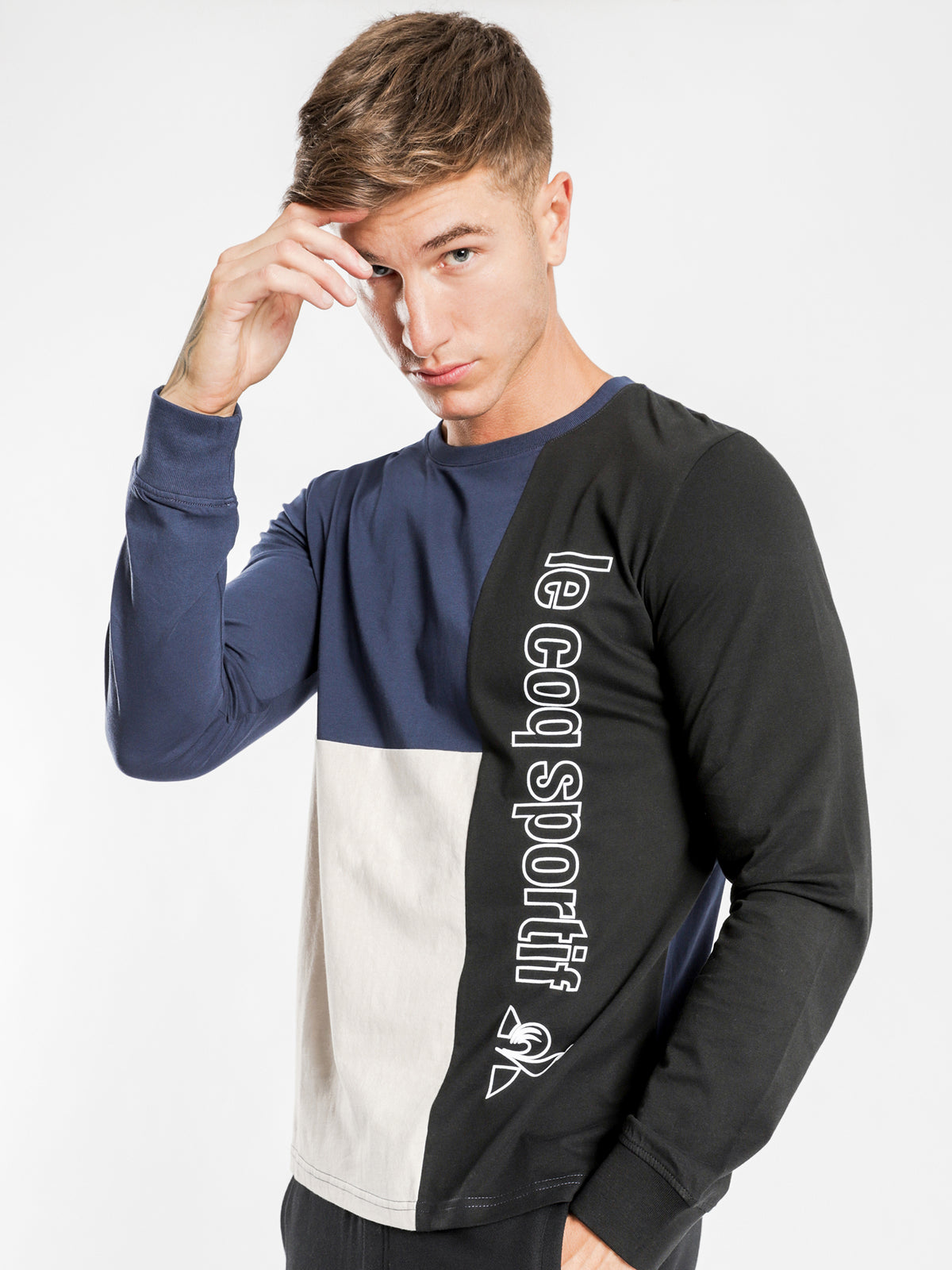 Yves Long Sleeve T-Shirt in Navy