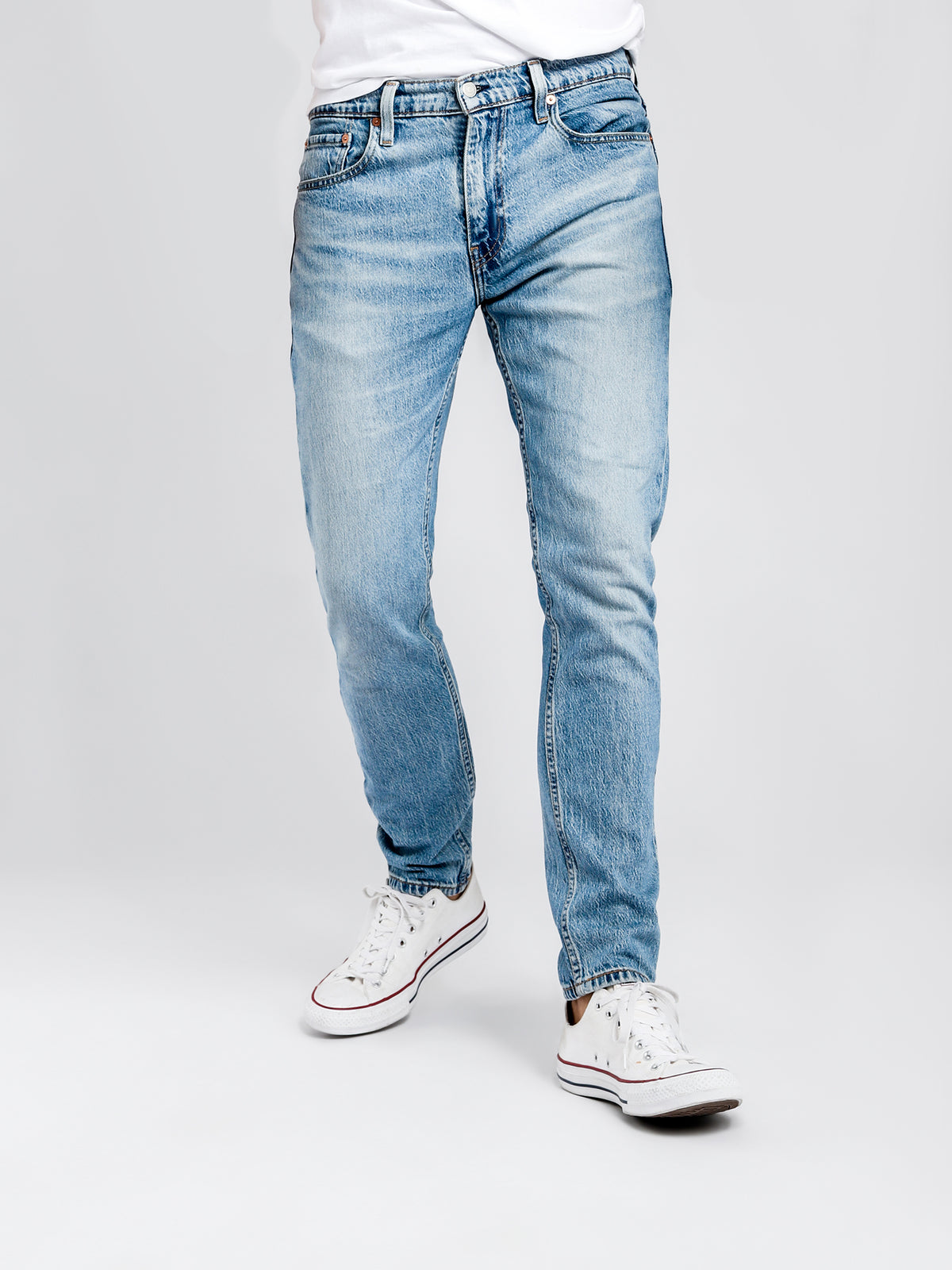 512 Slim Tapered Fit Jeans in Bass Super Light Denim