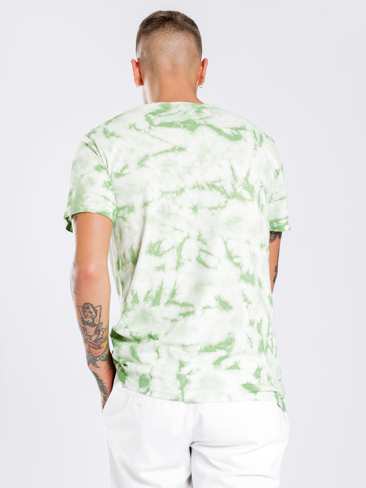 Authentic Costium T-Shirt in Green Tie Dye