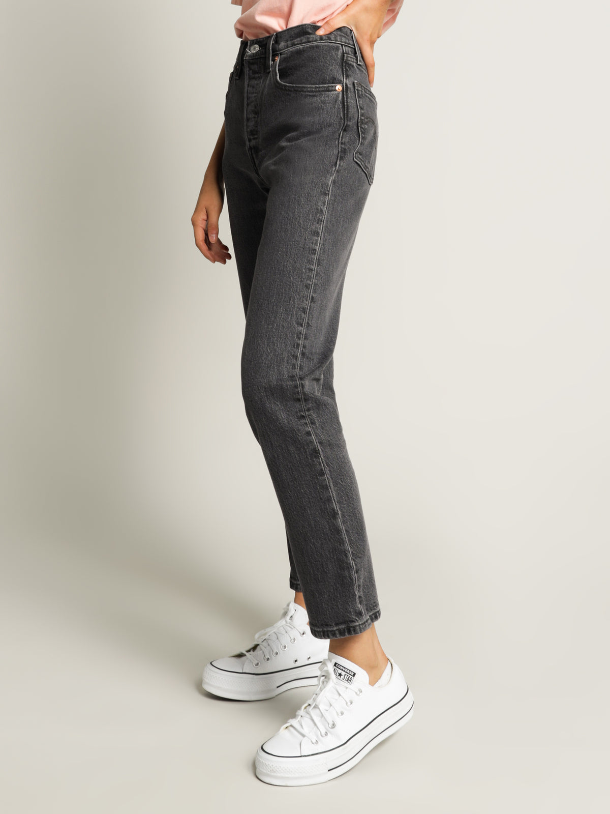 501 Crop Cabo Jeans in Faded Black Denim