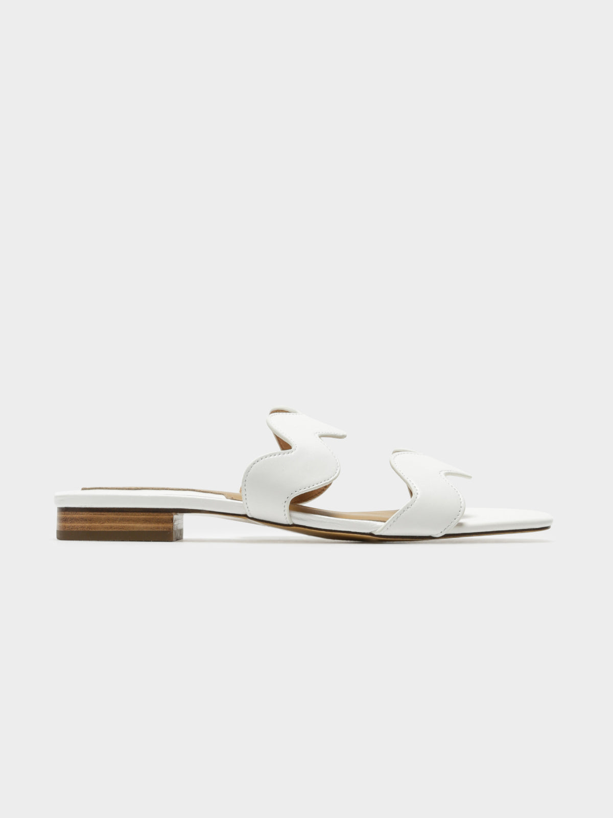 Womens Scallop Leather Flats in White