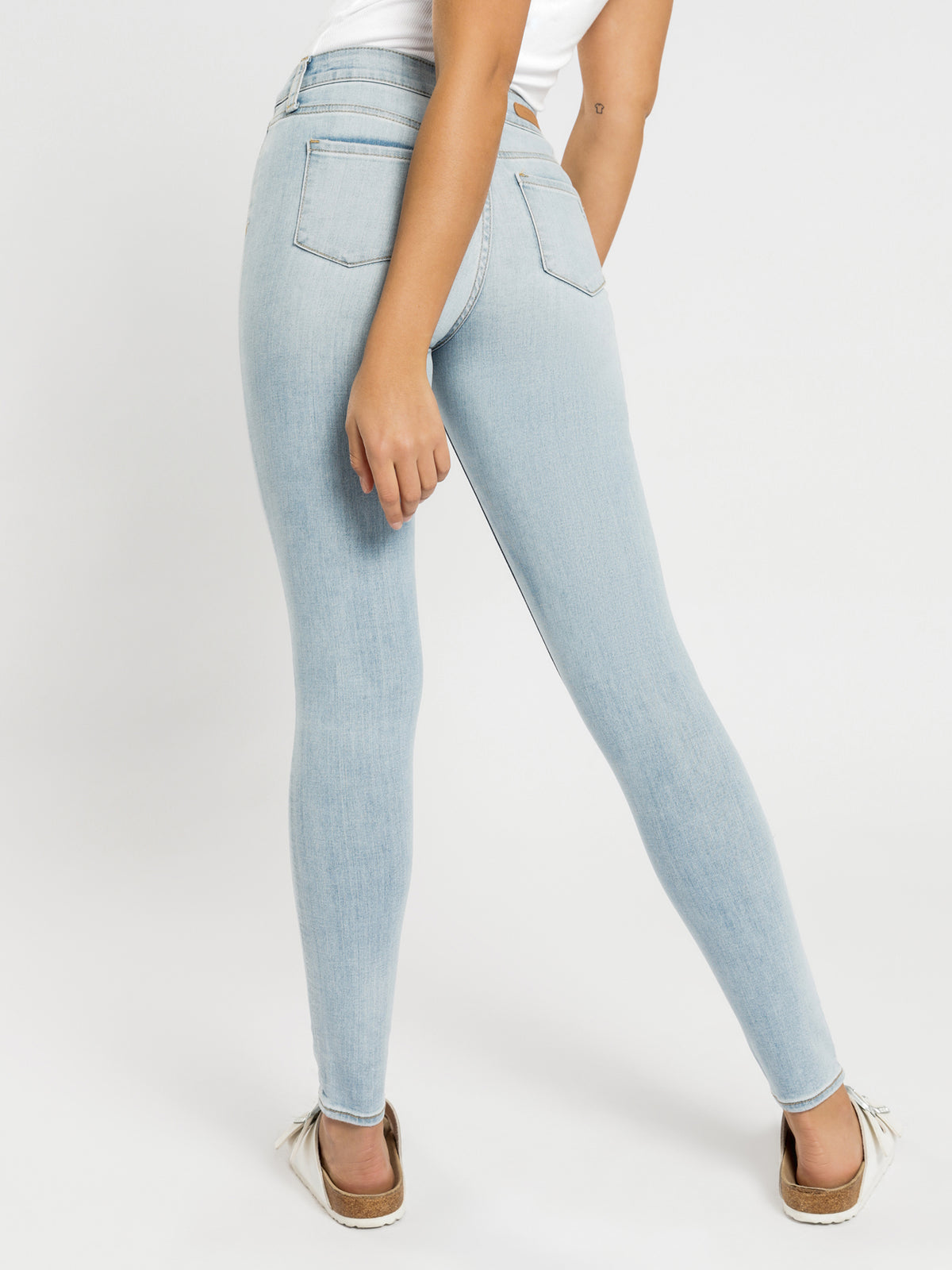 High Sarah Skinny Jeans in Summer Blues