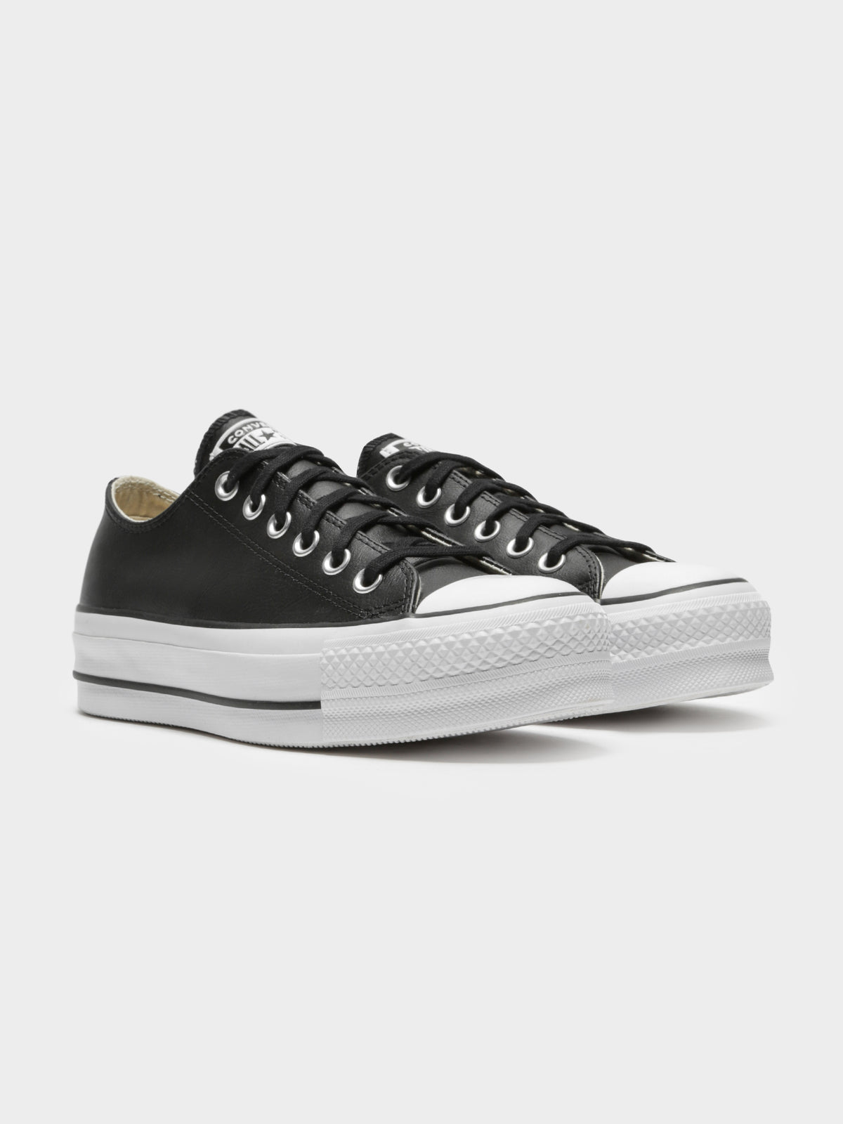 Chuck Taylor All Star Platform Clean Leather Low-Top Sneakers in Black