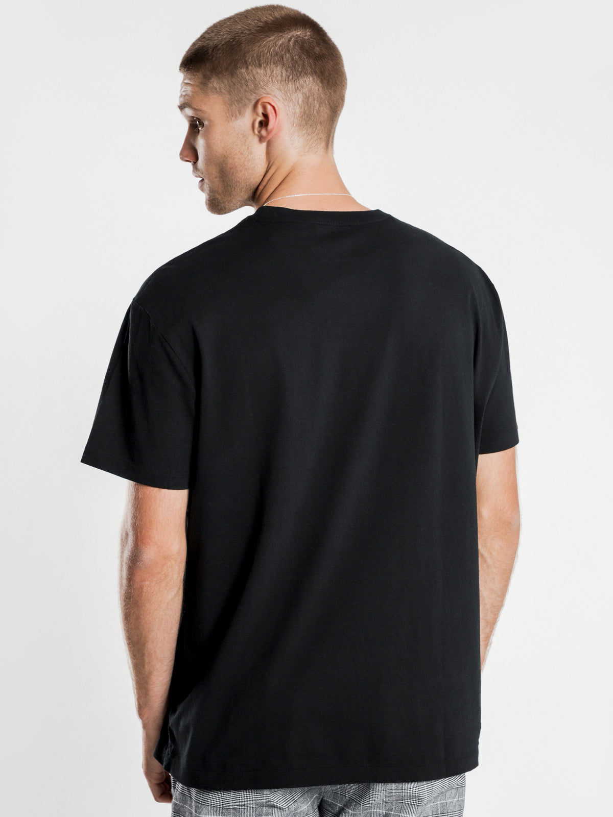 Classic Fit T-Shirt in Black