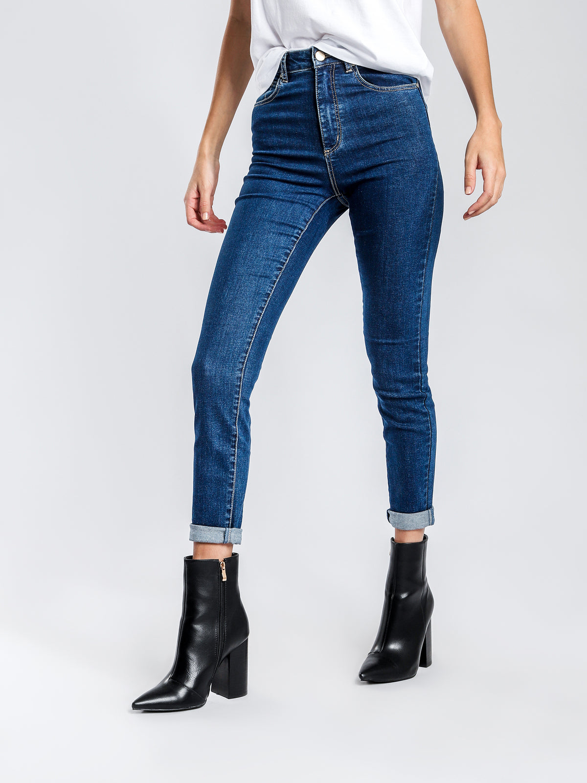 A High Skinny Ankle Basher Jeans in Blue Denim