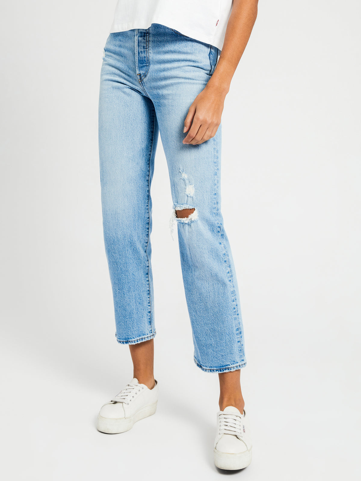Ribcage Straight Ankle Jeans in Tango Fade Blue Denim