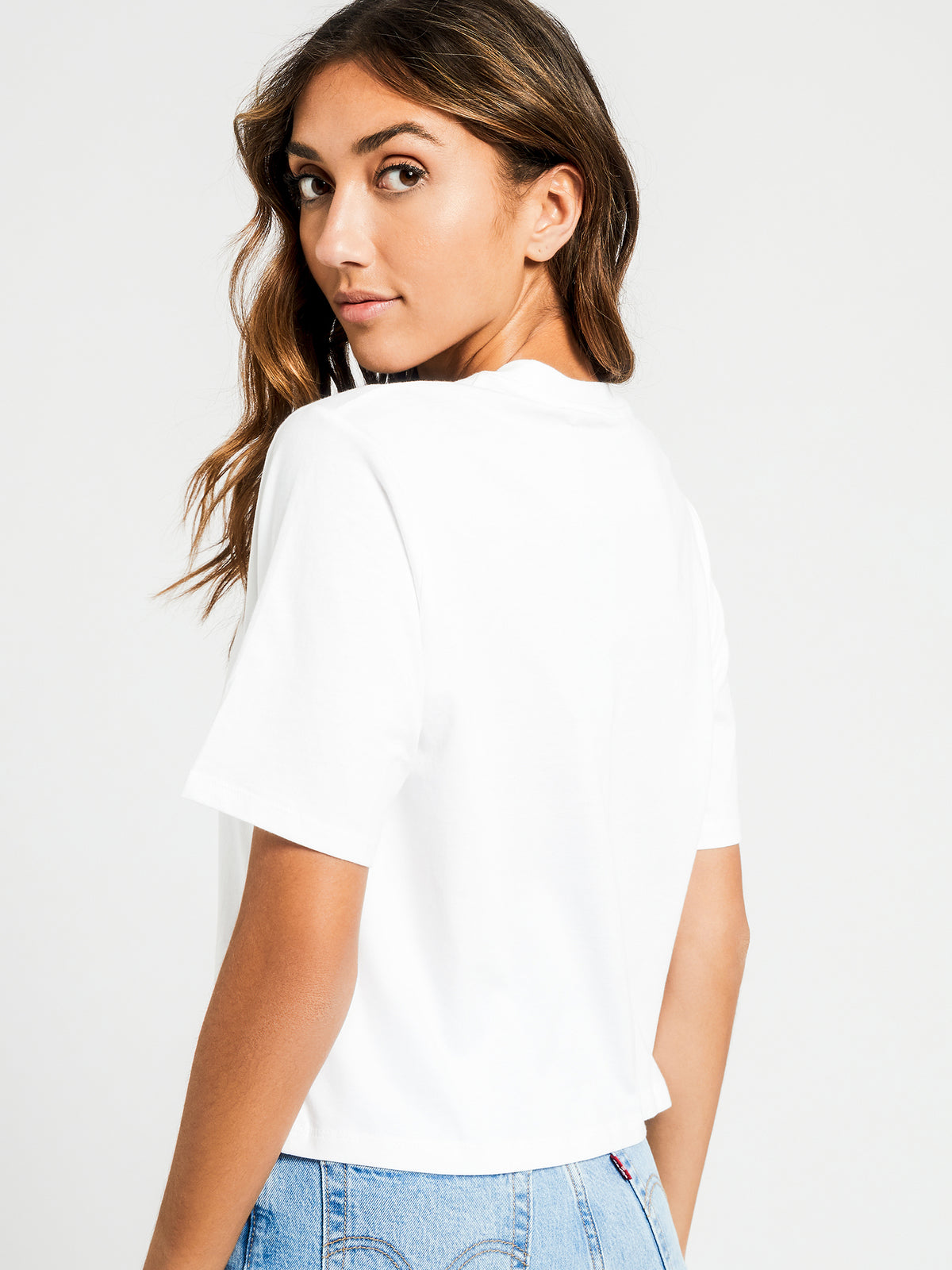 Graphic Parker T-Shirt in Puff White