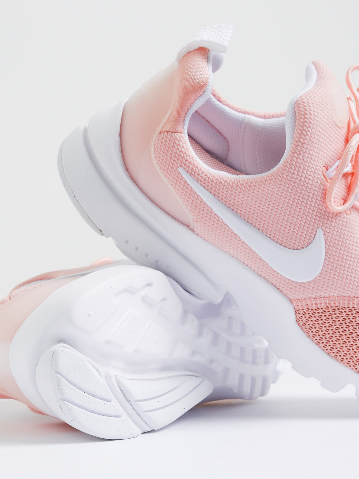 Womens Presto Fly Sneakers in Coral
