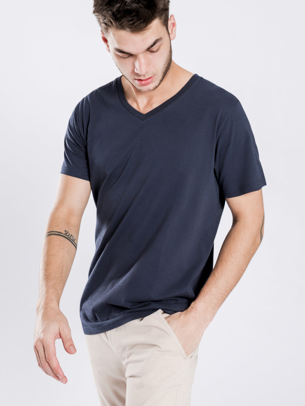 Plain V-Neck T-Shirt in Navy