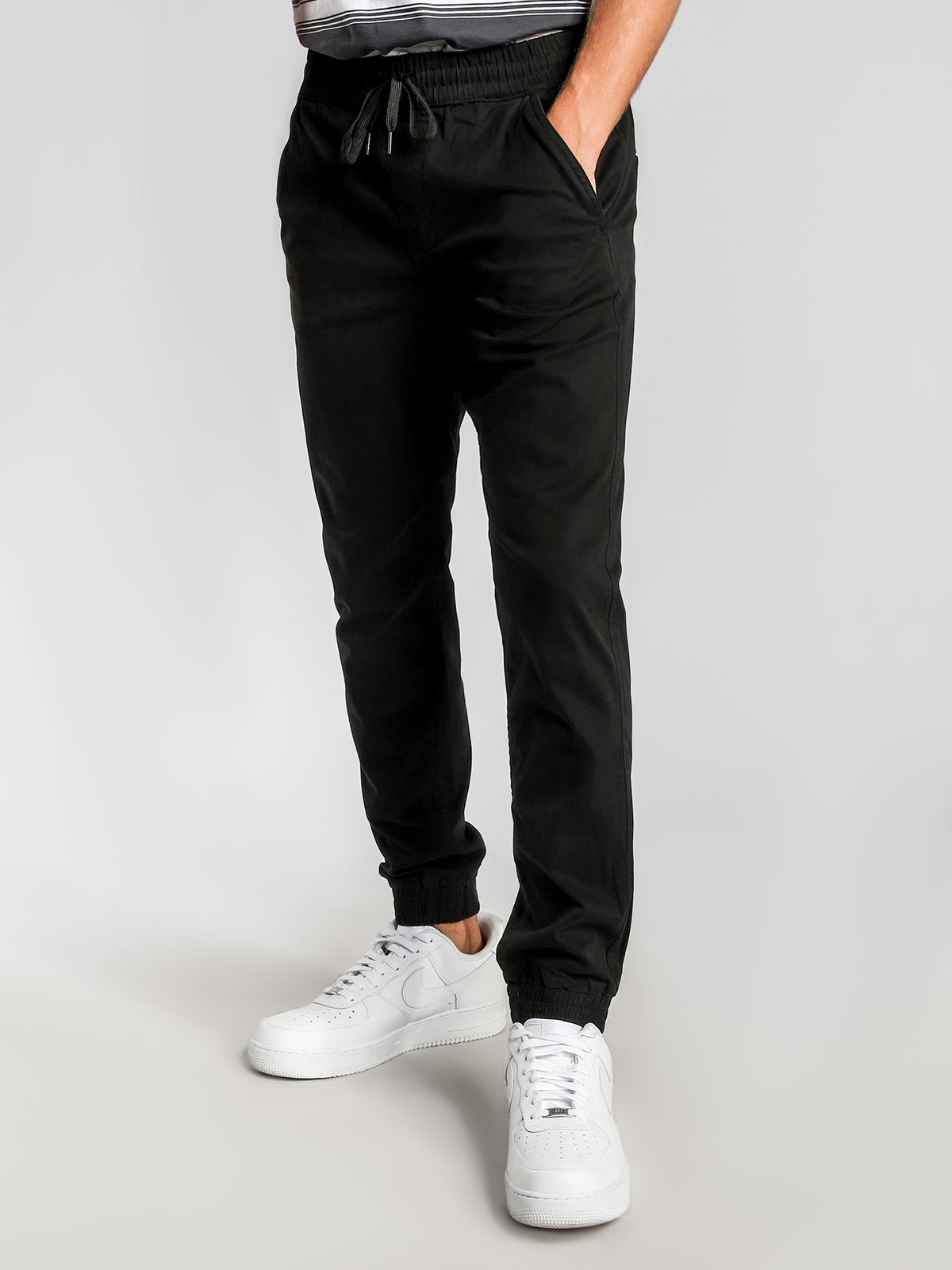 Indie Tapered Joggers in Black