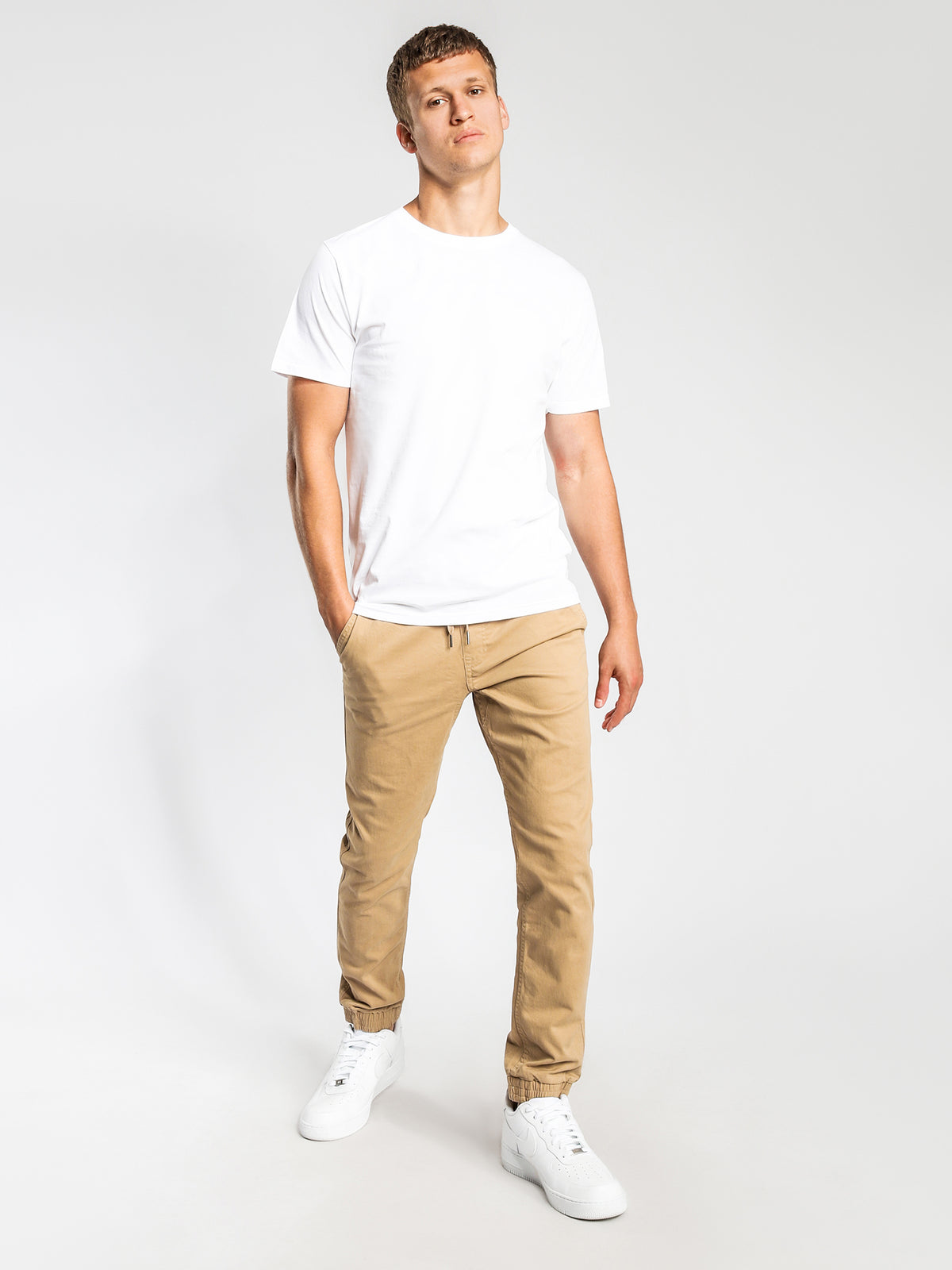 Indie Tapered Joggers in Stone