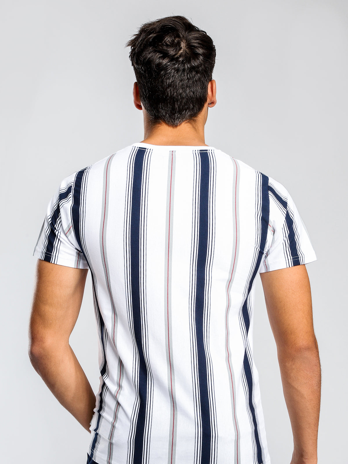 Frankie Short Sleeve Vertical Stripe T-Shirt in White & Navy