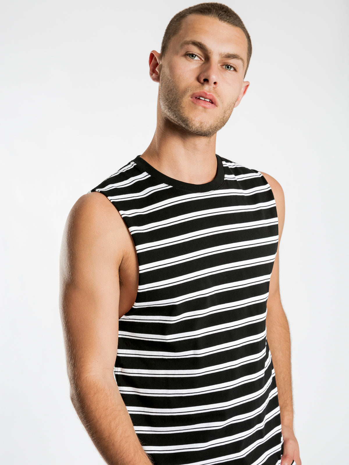 Cayo Muscle T-Shirt in Black & White Stripe