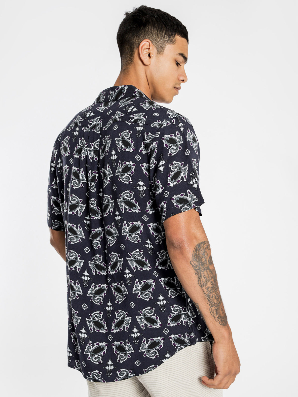 Altona Short Sleeve Shirt in Navy Paisley