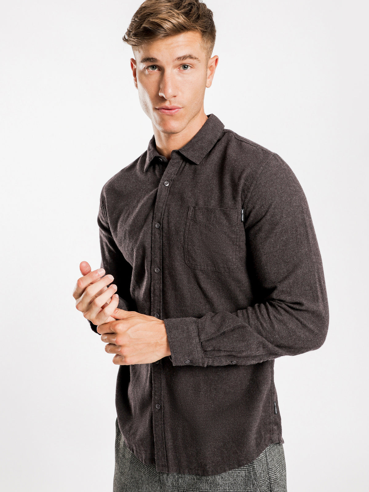 Ryker Flannel Long Sleeve Shirt in Charcoal
